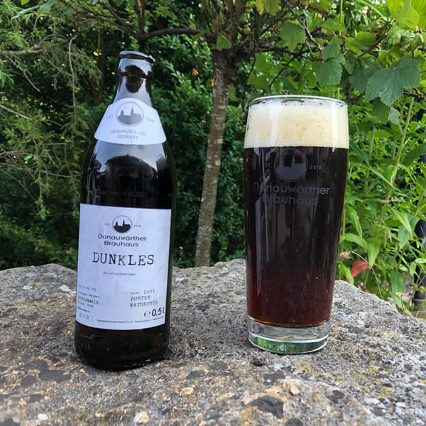 Donauwörther Brauhaus - Dunkles Bier im Glas